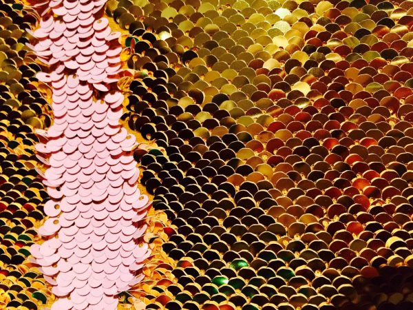 MERMAID Reversible 5mm Sequin Fabric Flip Two Tone Stretch Material - 130cm wide - Baby Pink& Gold sequins