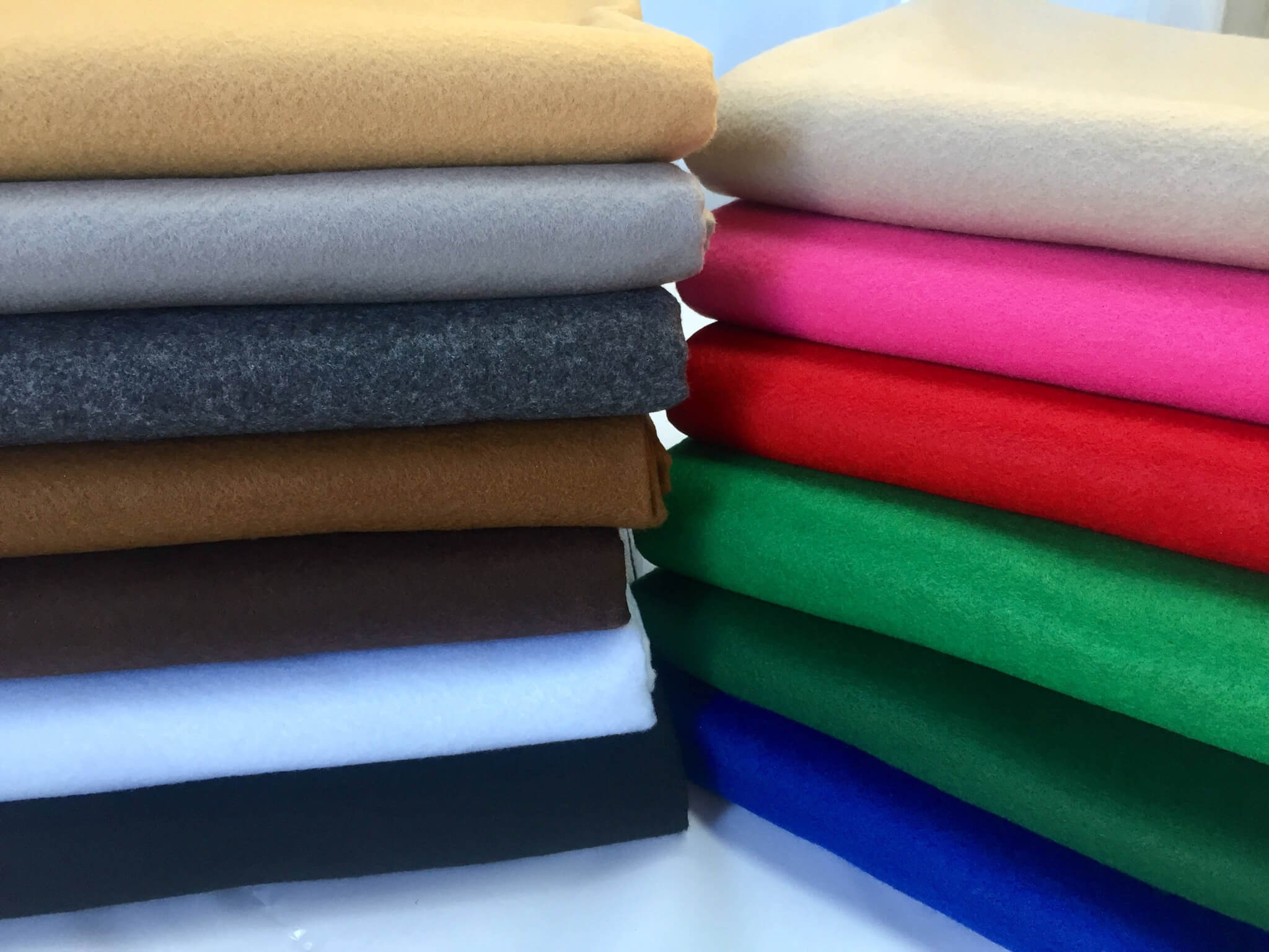 felt-fabric-material-craft-plain-colours-polyester-102cm-wide-5ace64911.jpg