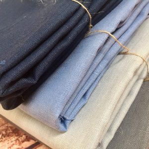 Soft Linen Fabric Material -  100% Linen for Home Decor, Curtains, Clothes - 140cm wide - Plain Navy Blue