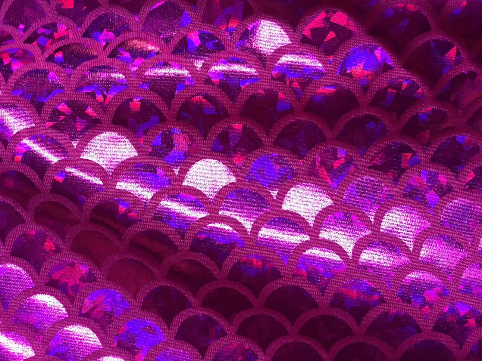 mermaid-scale-fabric-fish-tale-foil-2-way-stretch-lycra-spandex-material-150cm-wide-pink-hologram-scales-5b6b640a1.jpg
