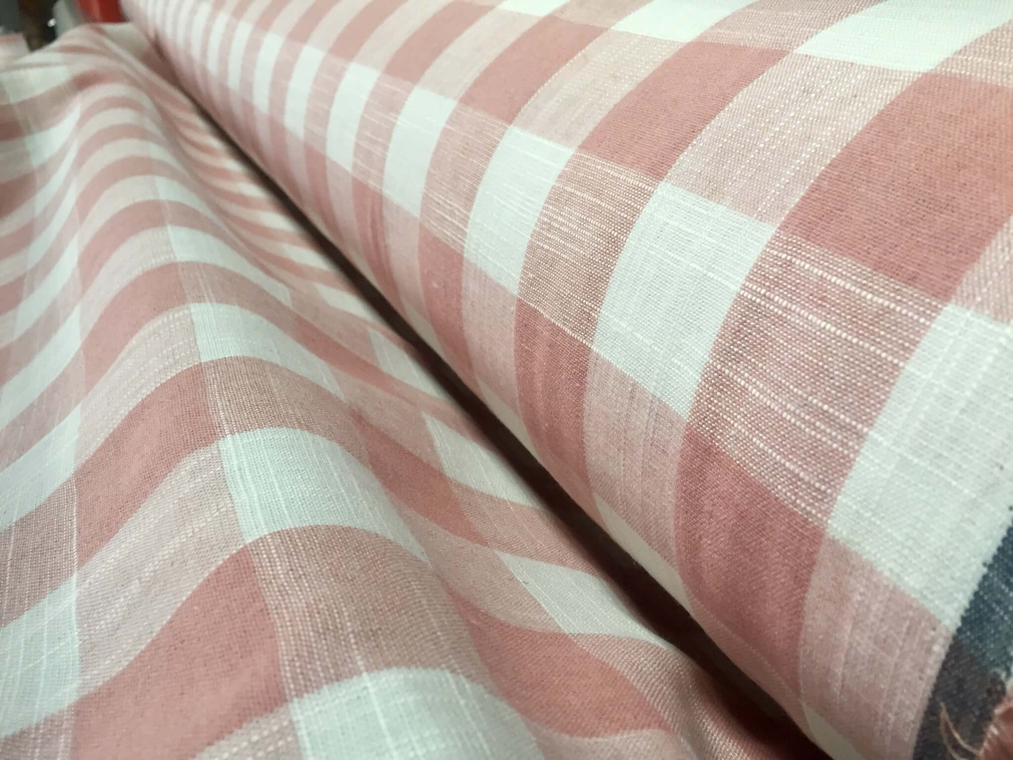 gingham-linen-checked-linen-fabric-plaid-material-buffalo-check-cotton-yarn-dressmaking-curtains-curtains-140cm-wide-pink-white-checks-5d4d9fc71.jpg