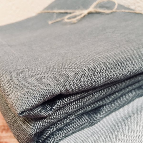 Soft Linen Fabric Material - 100% Linens Textile for Home Decor, Curtains, Clothes - 140cm wide - Plain CHARCOAL GREY