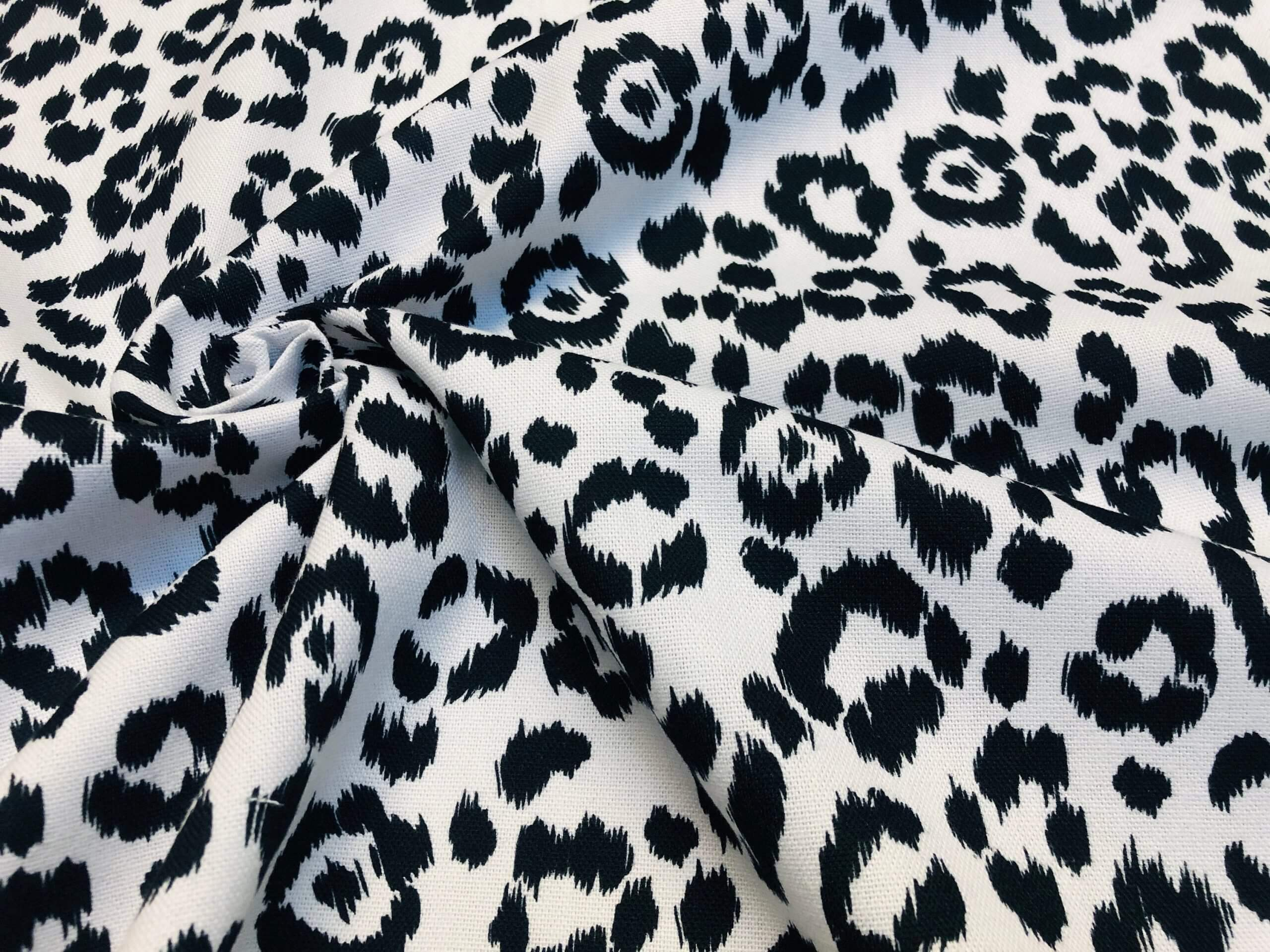"""Black Cat Design Fabric Linen Look Curtains Upholstery Craft 140 cm 55/"""" Wide"""