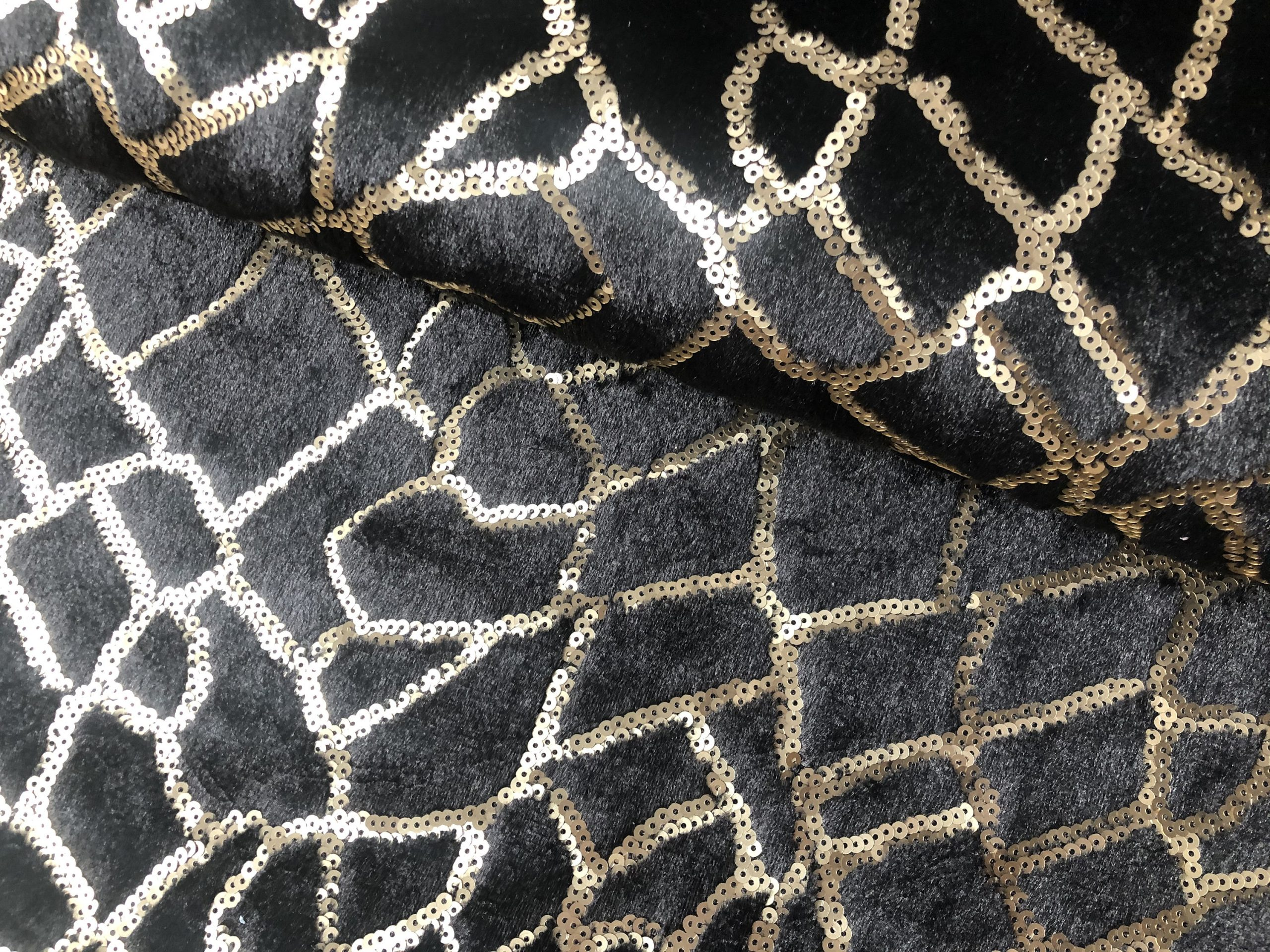"Animal Fur Spangles Sequin Fabric Soft 2 Way Stretch Material Giraffe Print – 53""/135cm Wide BLACK & GOLD"