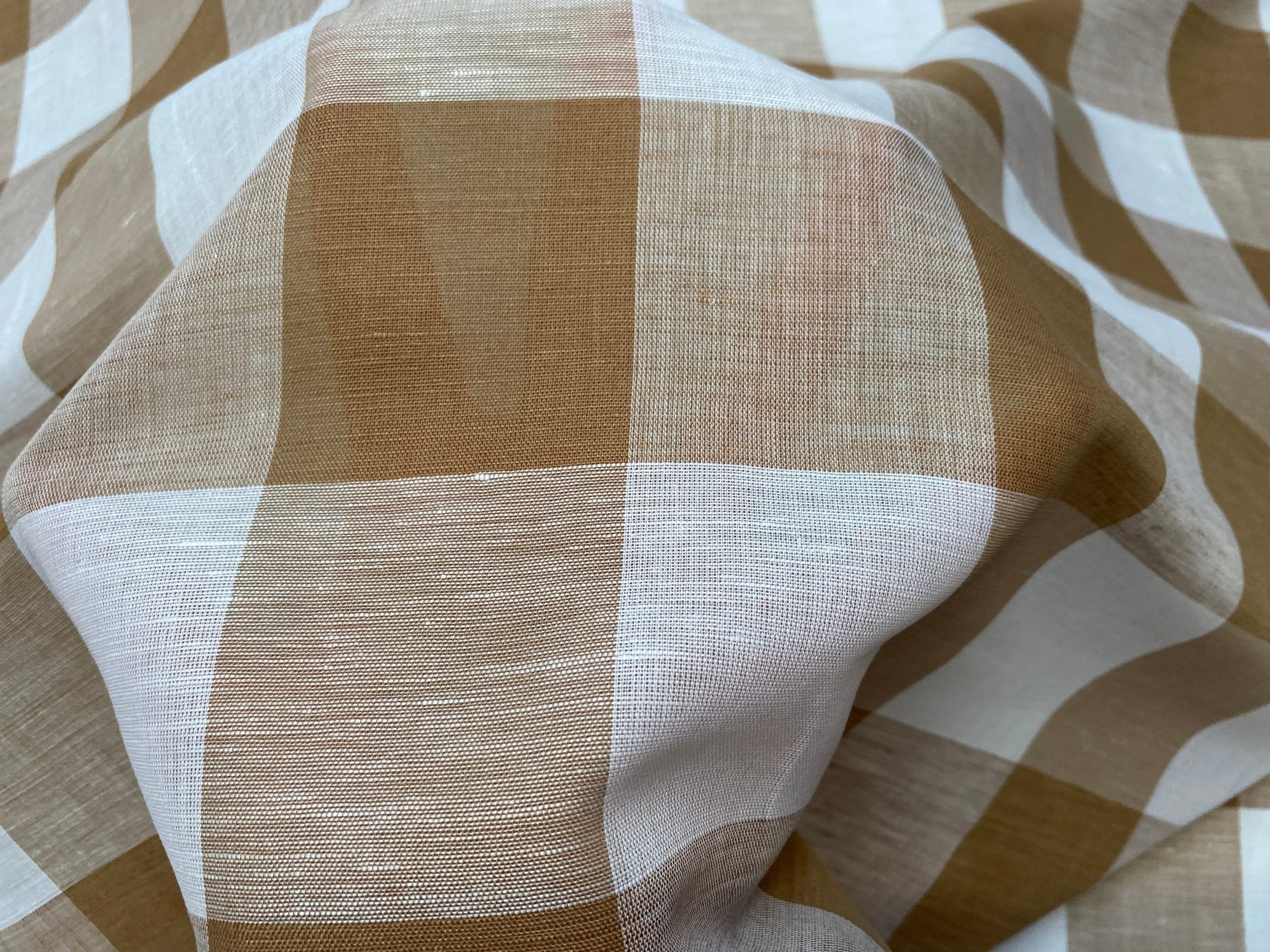 Gingham Checked Linen Fabric Plaid Material Buffalo Check Yarn Dressmaking, Curtains – 150cm wide – TAUPE Brown & WHITE Checks